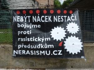 Kein Nazi zu sein reicht nicht - wir kämpfen gegen rassistische Vorurteile